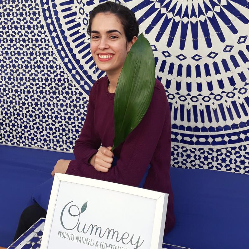 with Oummey invité du «Commons Promotes Businesses»